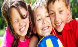 Claves para reconducir el comportamiento de un niño envidioso