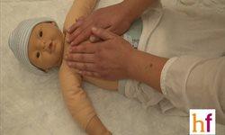 ¿Cómo hacer un masaje infantil en el pecho?