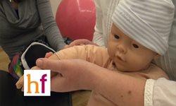 Masaje infantil para los brazos y manos