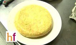 Tortilla de patatas - Receta española