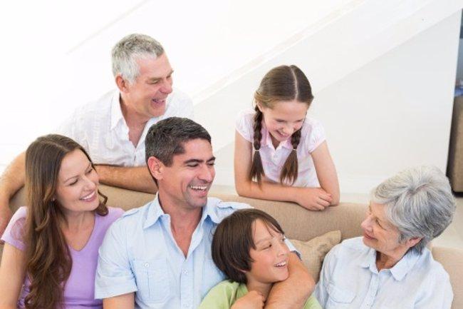 Foto: Cómo asentar la confianza entre padres e hijos (THINKSTOCK)
