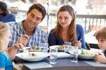 12 trucos para salir a comer con niños (THINKSTOCK)