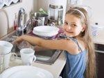 Pequeñas tareas que fomentan la autonomía de los niños (ISTOCK)