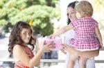 Cómo aprender a ser educado: ideas por edades (ISTOCK)