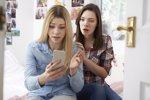 La falta de educación digital en los padres dificulta la detección del ciberbullying (ISTOCK)